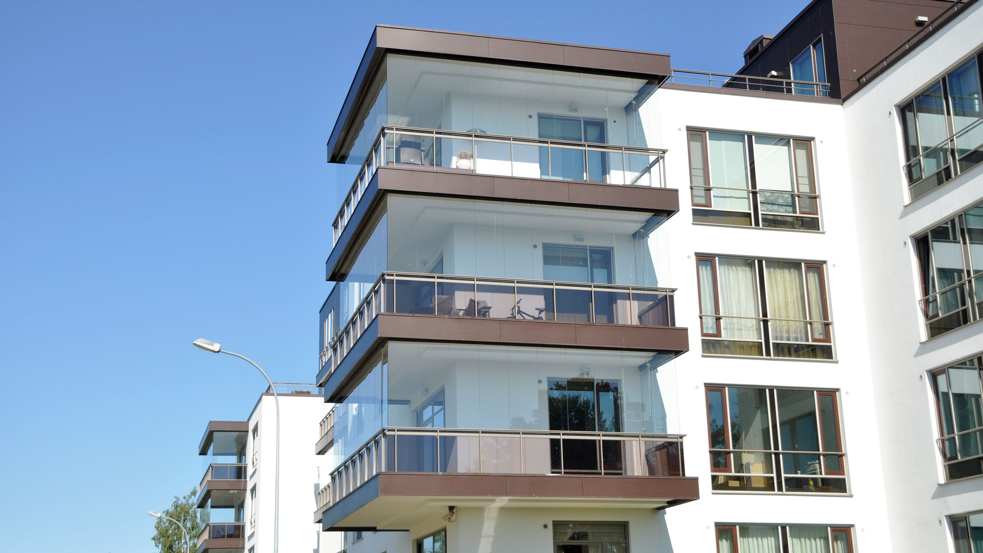 Glazing series for private houses and apartments