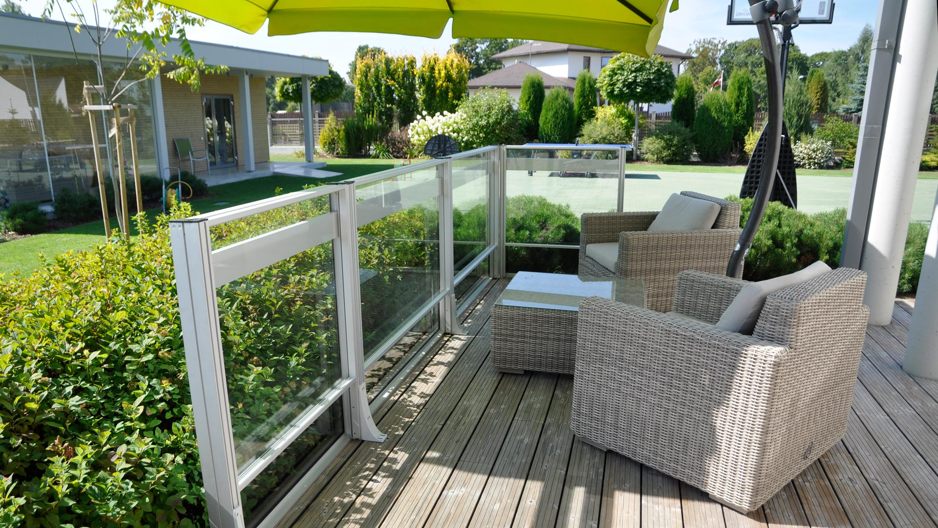 Wind railings – comfort and protection from gusts of the wind