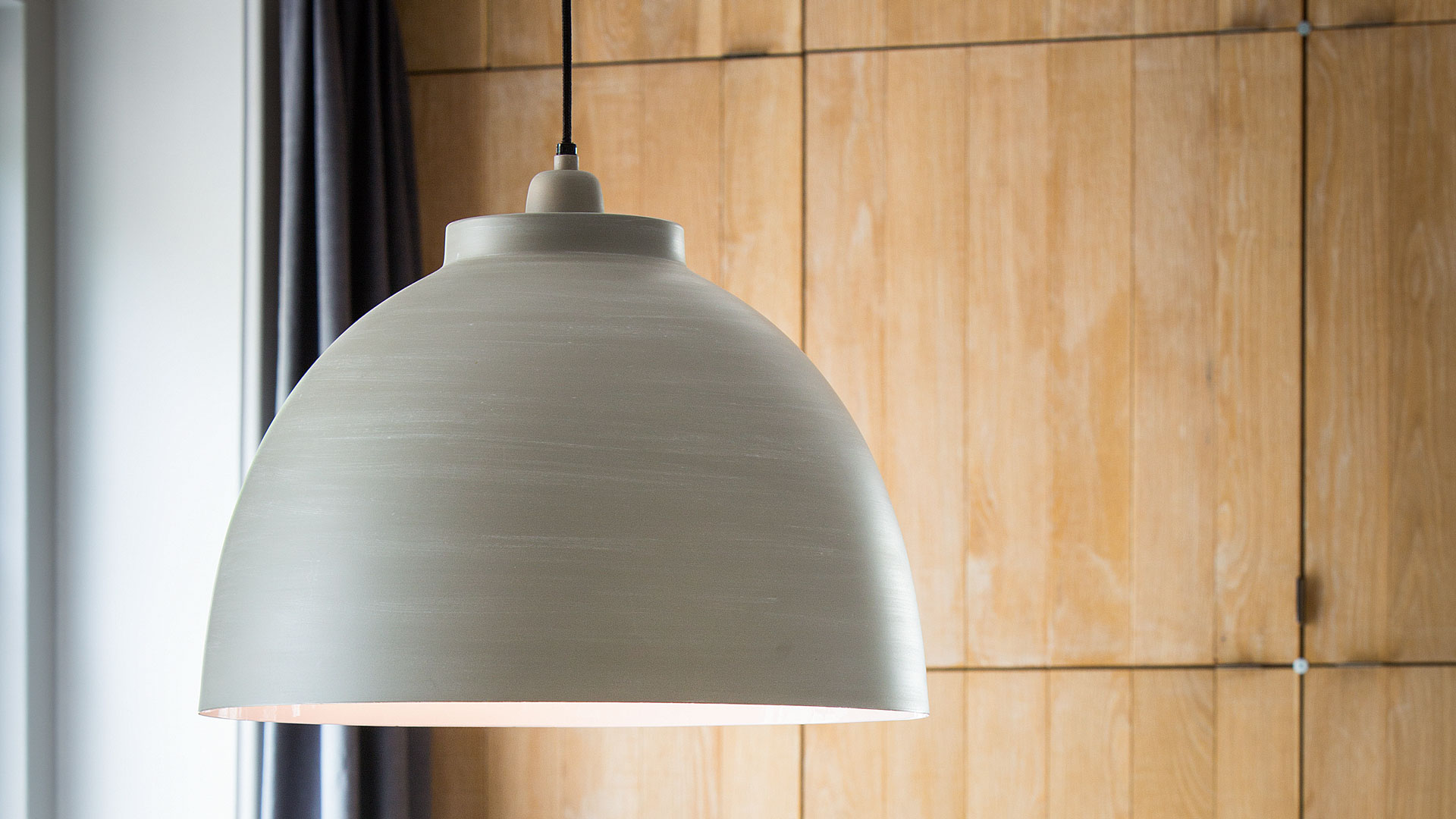 Ceiling lamps, wall lights and table lamps